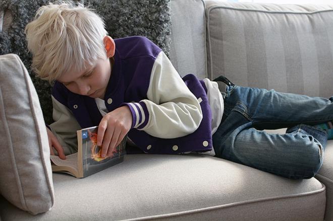 Påsk-Max-läser-Hungerspelen