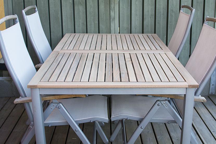 Trädgårdsbord_slipat och klart