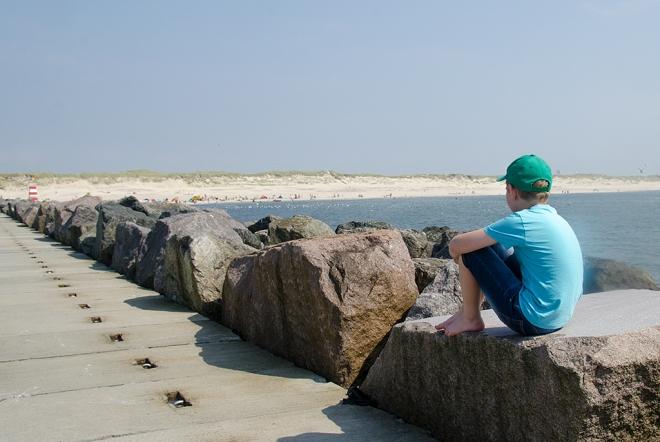 Hvide_Sande_Ville_mot_stranden